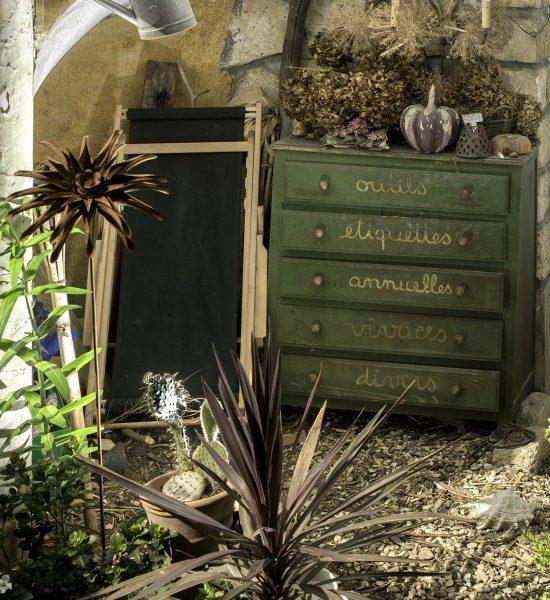 Un Meuble Jardin Recyclé, Une Commode Pour Vos Outils