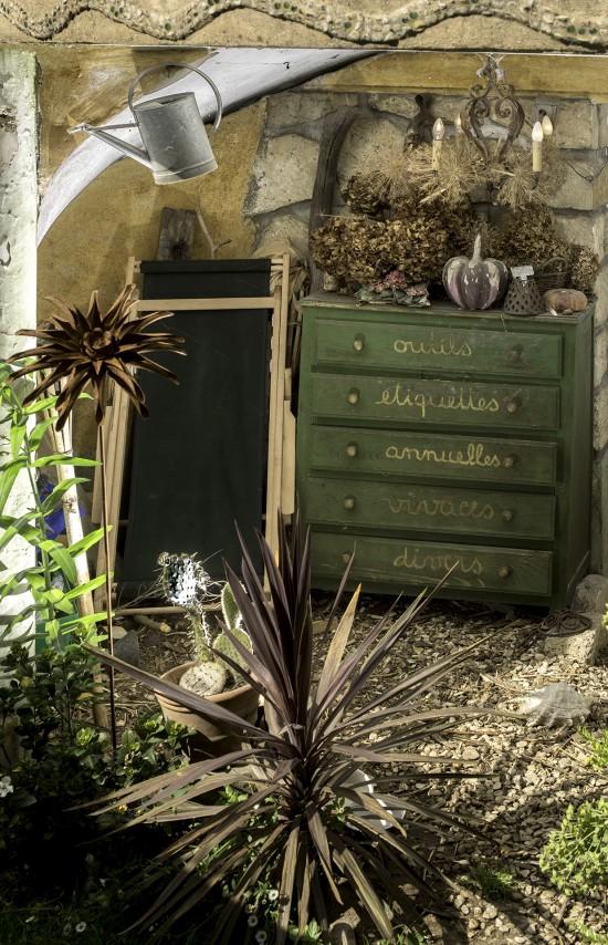 Un Meuble Pour Ranger Ses Outils De Jardin - Les Doigts Fleuris