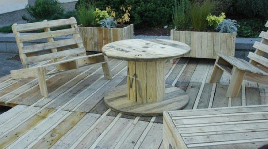 Salon De Jardin : Matériaux Recyclés Et écolo